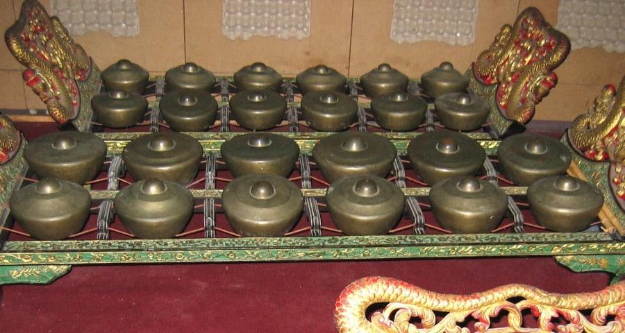 Bonang sebagai salah satu jenis dari gamelan jawa